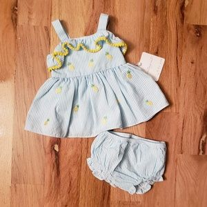 NWT Starting Out Searsucker Pineapple Dress set